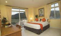 1-x-3-star-waterfront-suites-phuket-by-centara-200-x-120