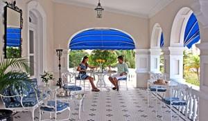 Bermuda-4-Star-Rosedon-Hotel-300-x-175